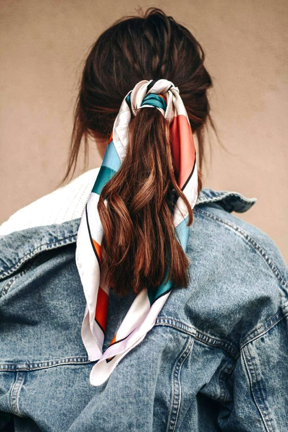 5 Easy Hairstyles to Try This Month